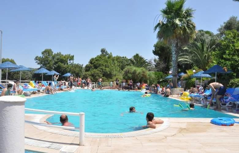 Aegean Garden Hotel - Pool - 16