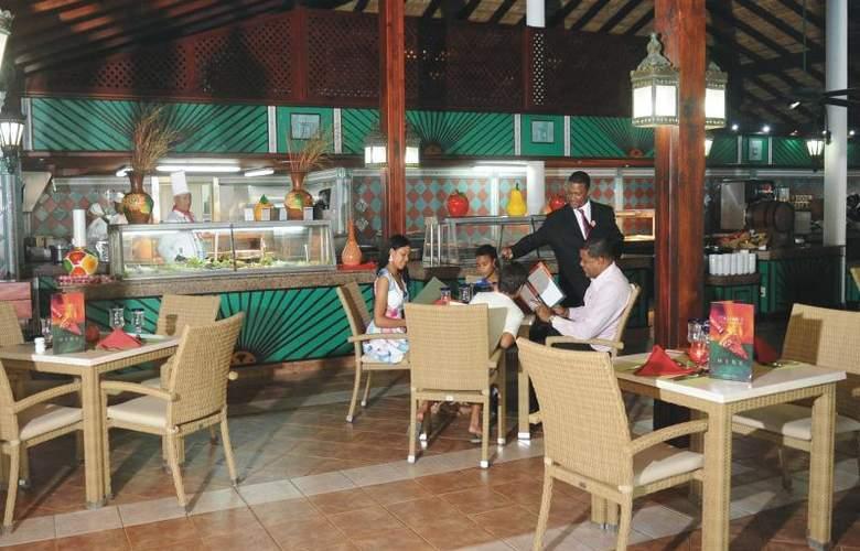 Senator Puerto Plata Spa Resort - Bar - 18