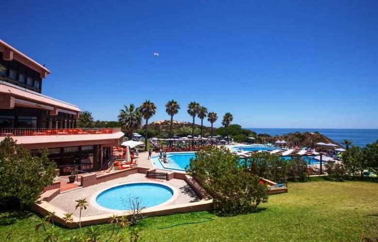 Auramar Beach Resort - Pool - 26