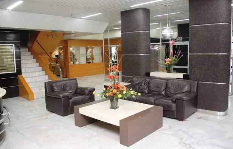 Hotel May Palace - General - 0