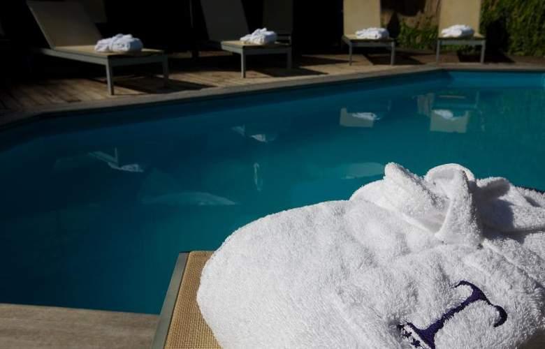 Grand Hotel Tiberio - Pool - 17