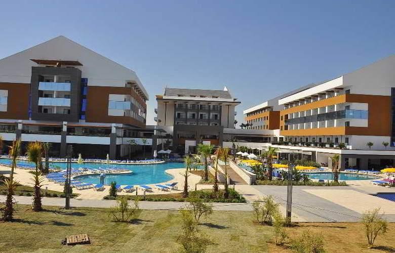 Terrace Elite Resort Hotel - Hotel - 8