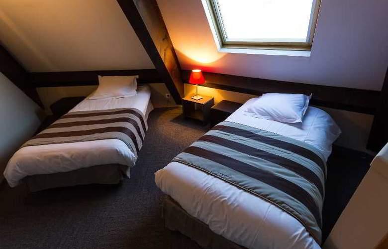 Quality Le Cervolan - Room - 7