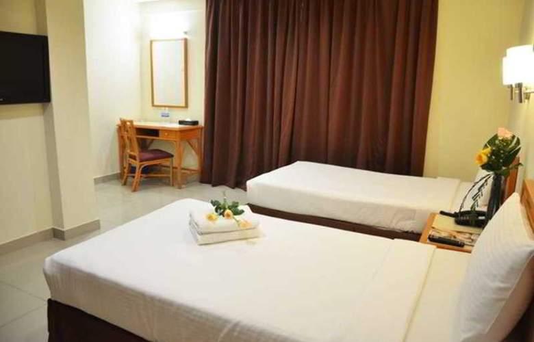 Corona Inn - Room - 8