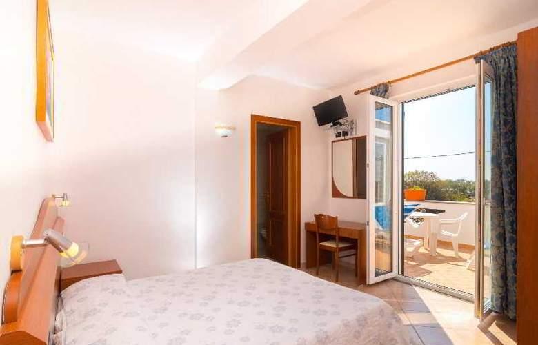 Villa Fumerie - Room - 13