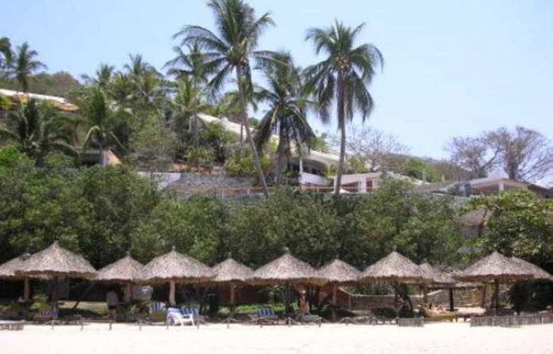 Catalina Beach Resort - Beach - 6