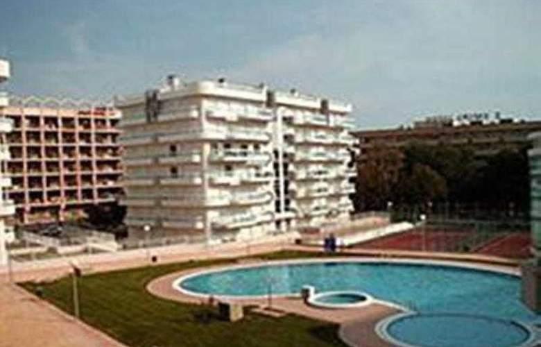 Larimar - Hotel - 8