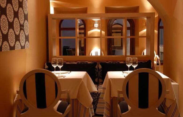 Hospes Palacio de Arenales - Restaurant - 3