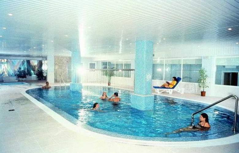 HSM Madrigal - Pool - 5