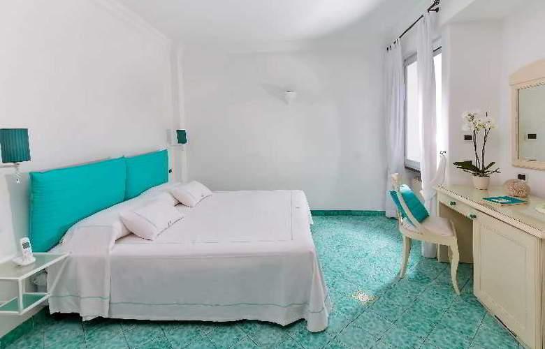 Relais Maresca - Room - 3