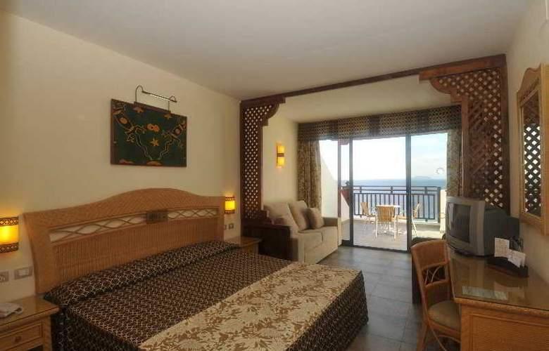 Papagayo Beach Resort Sandos - Room - 1