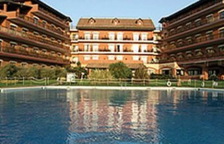 Holiday Inn Resort Naples Castel Volturno - Hotel - 0