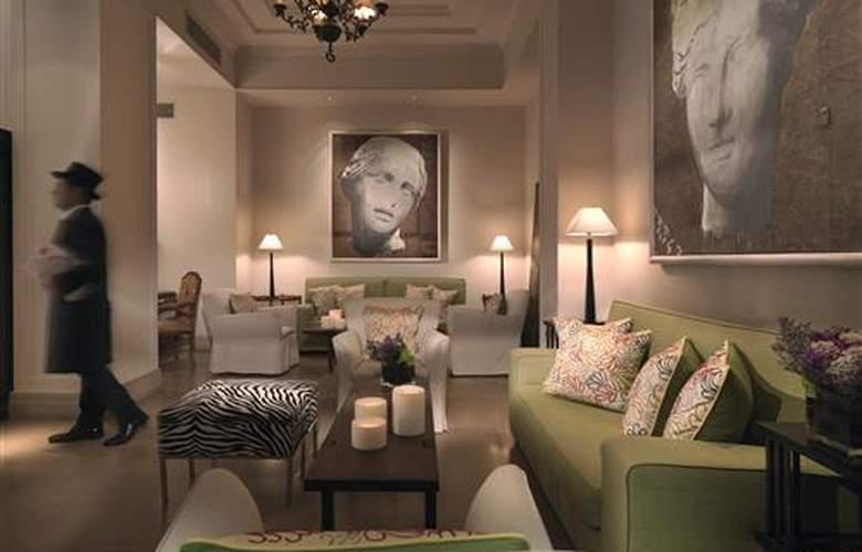Hilton Capital Grand Abu Dhabi - Hotel - 0