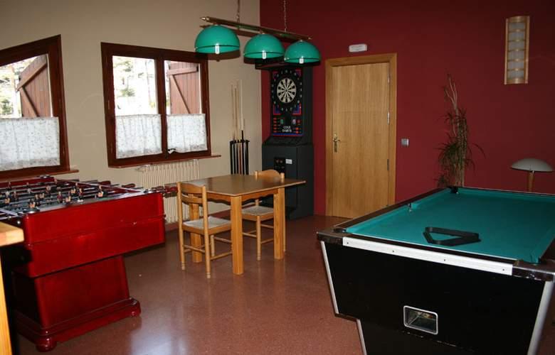 Hotel Restaurant Camp del Serrat - Services - 4
