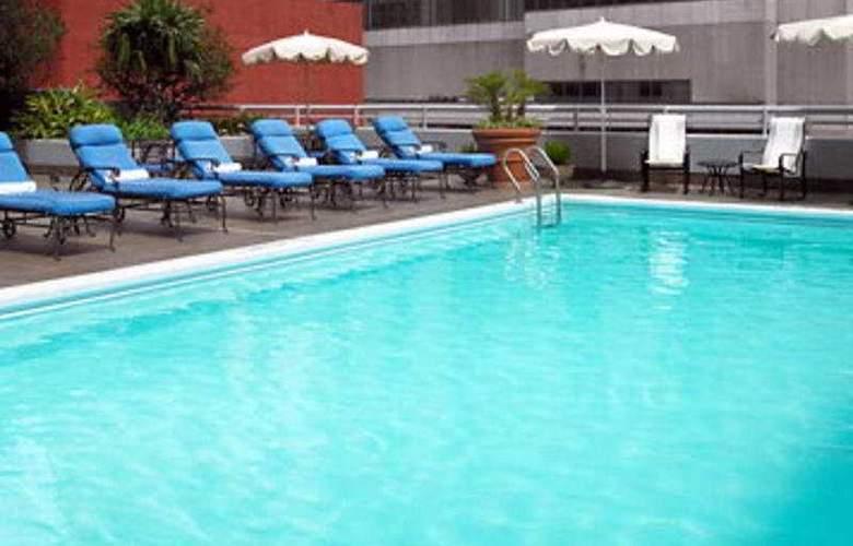 JW Marriott New Orleans - Pool - 2