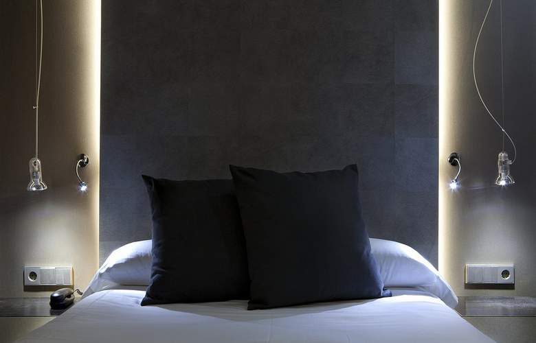 Zenit Conde de Orgaz - Room - 18