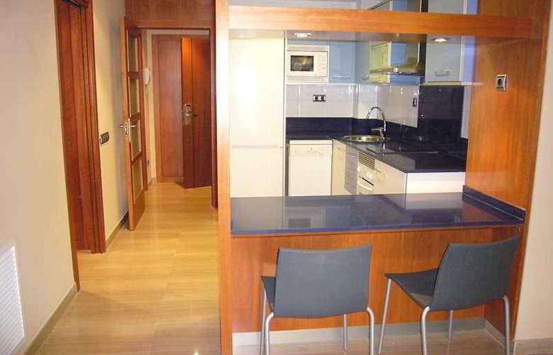 Apartaments Independencia - Room - 4