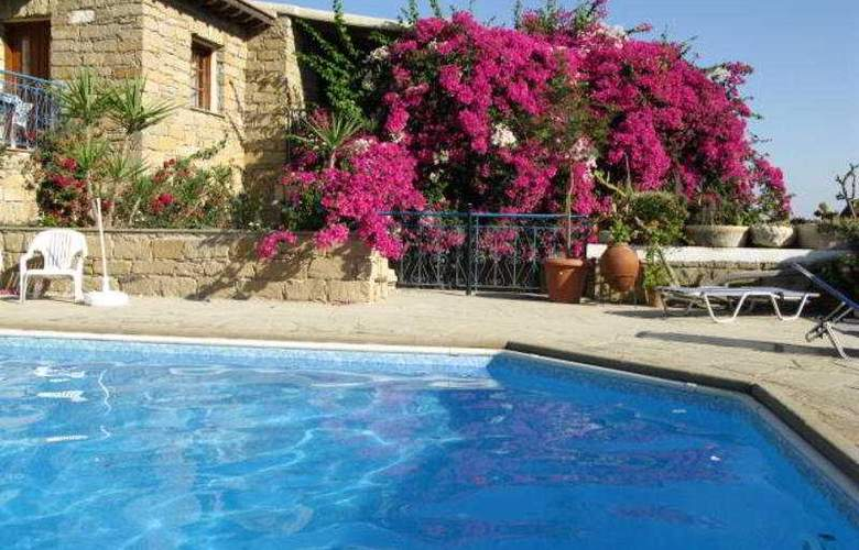 Cyprus Villages - Pool - 5