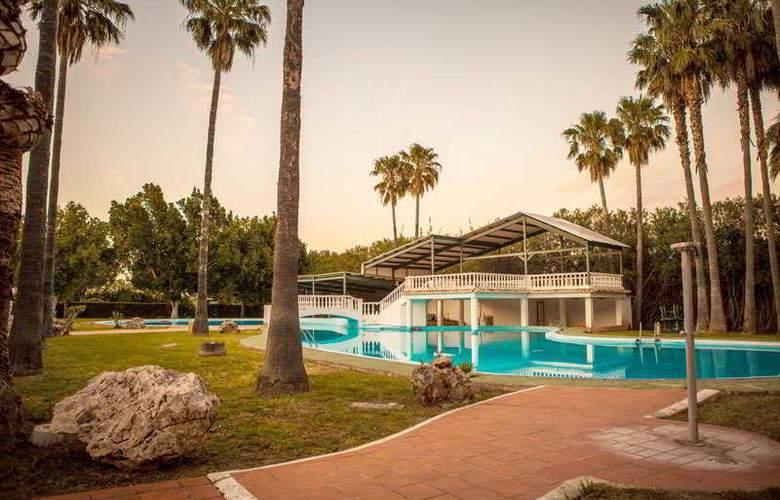 Tu&Me Resort - Hotel - 3