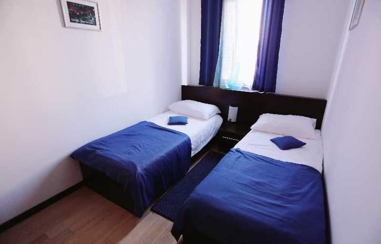 Pervanovo Apartments - Room - 12