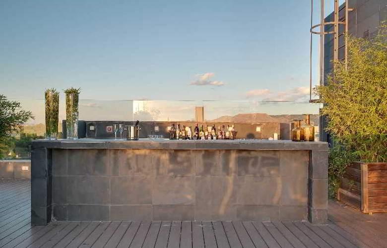 Rafaelhoteles Forum Alcala - Terrace - 52