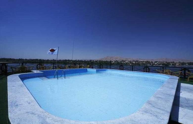 M/S Crown Jewel - Pool - 6