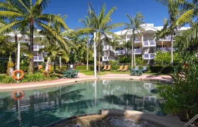 Australis Cairns Beach Resort - Pool - 12