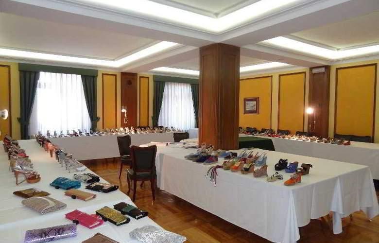 Hernan Cortes - Conference - 9