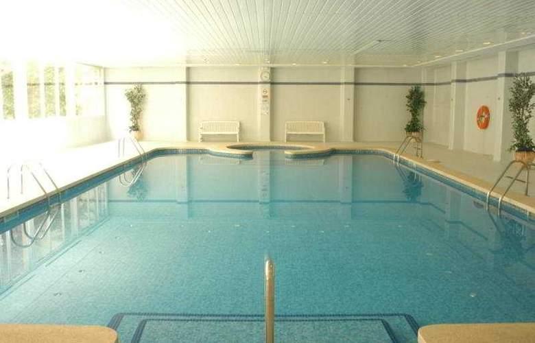 Grupotel Taurus Park Hotel - Pool - 5