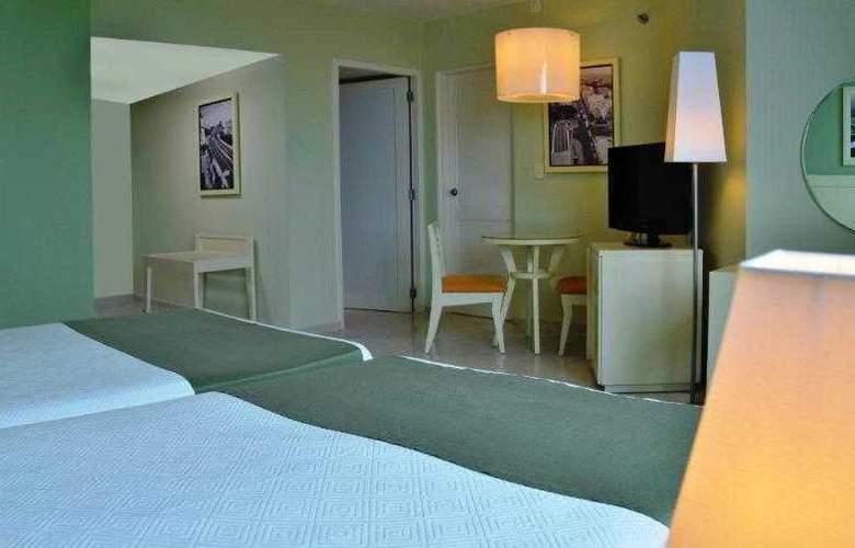 NH Capri La Habana - Room - 14