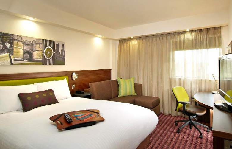 Hampton by Hilton Birmingham Broad Street - Room - 10