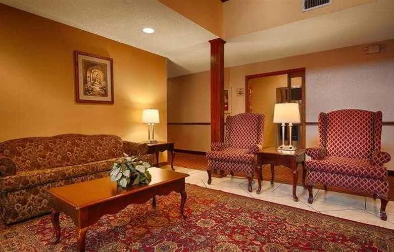 Best Western Woodstone - Hotel - 21