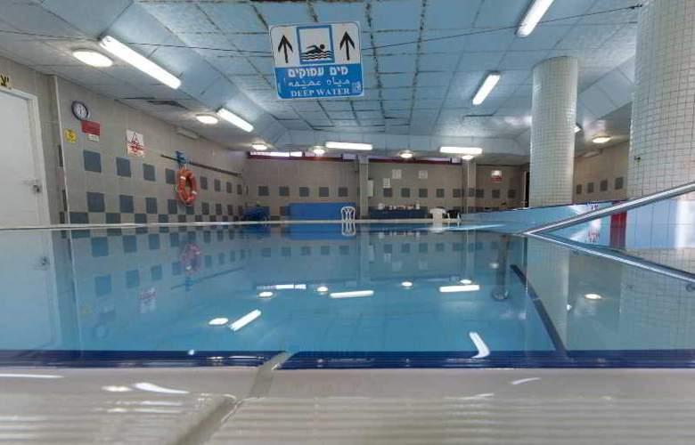 Inbar Hotel - Pool - 3