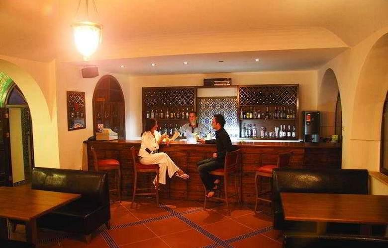 Altinsaray Hotel - Bar - 8
