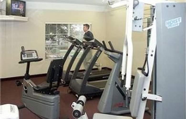 La Quinta Inn & Suites Durham / Chapel Hill - Sport - 11