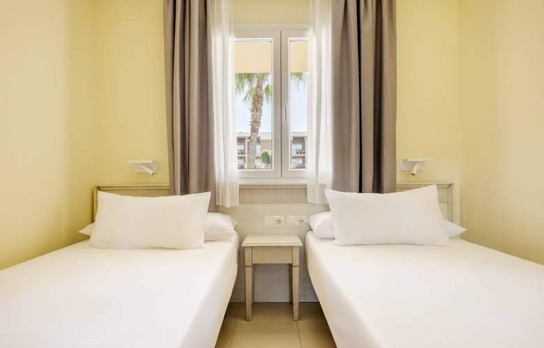Aparthotel Ilunion Sancti Petri - Room - 11