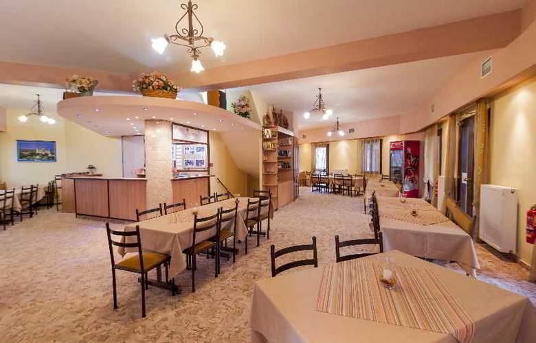 EXOHI - Restaurant - 4