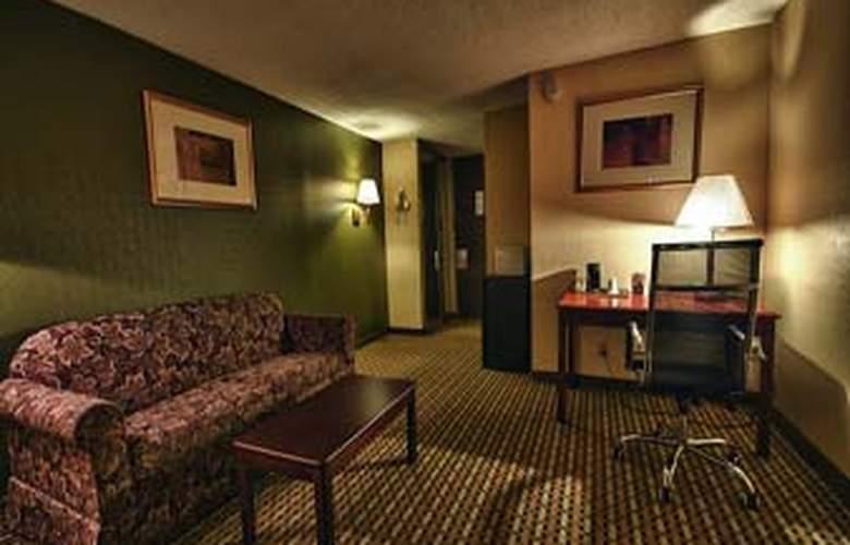 Howard Johnson Inn Clifton NJ - Room - 8