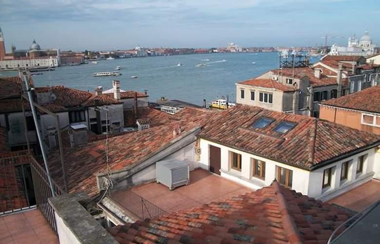 Bed & Venice - Casa Per Ferie - Hotel - 0