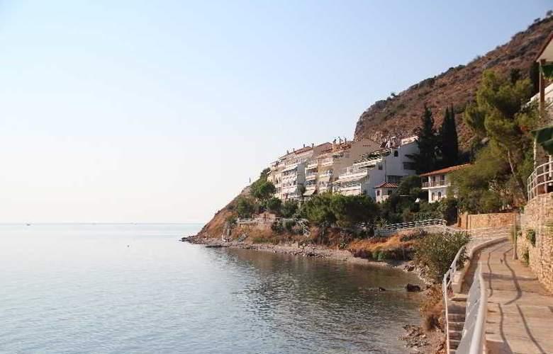 Meli Apartaments & Villas - Hotel - 4