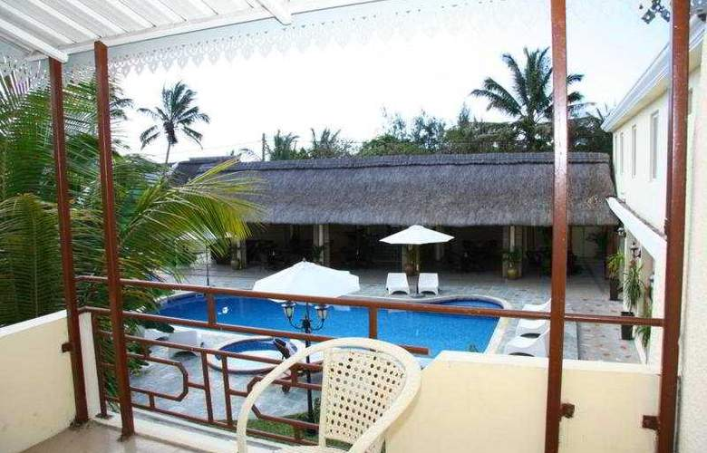 Le Samara Hotel - Pool - 2