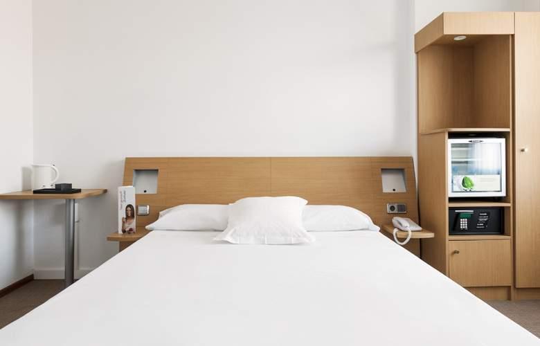 Ilunion Valencia - Room - 22
