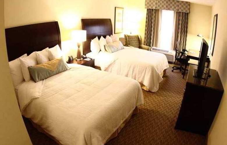 Hilton Garden Inn Charlotte-Mooresville - Hotel - 8