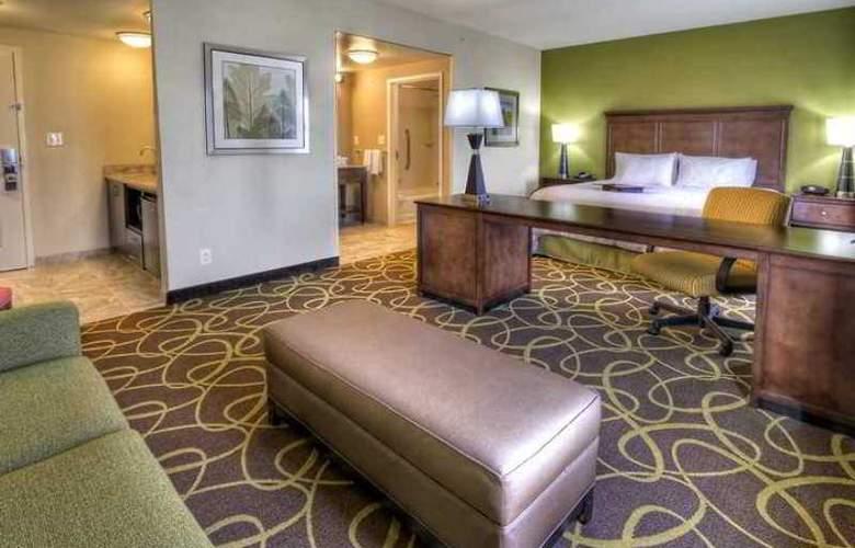 Hampton Inn and Suites Rochester/Henrietta - Hotel - 1