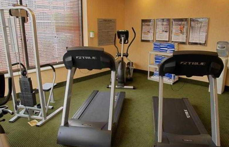 Hampton Inn & Suites Pittsburgh-Downtown - Sport - 14
