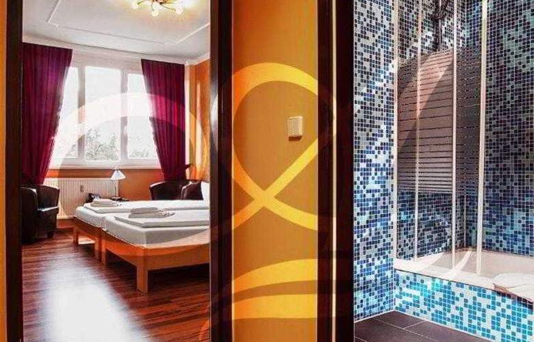 Agas Hotel - Room - 9