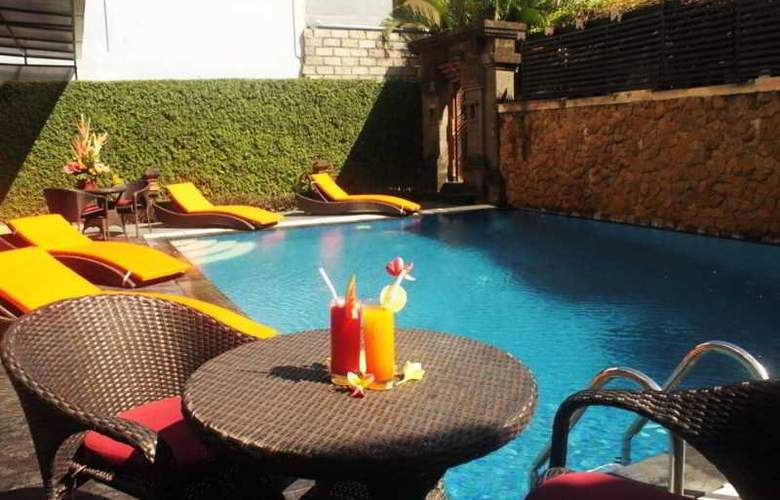The Losari Hotel and Villas - Pool - 6