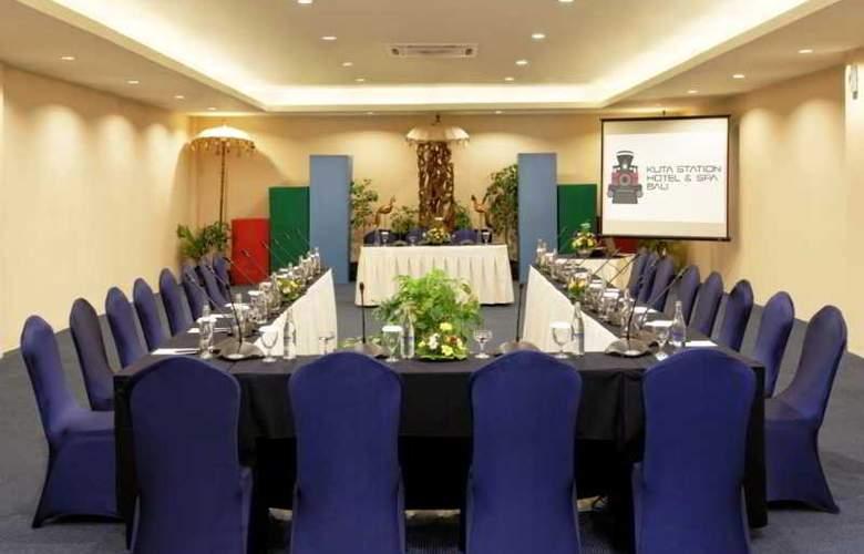 Kuta Station Hotel & Spa Bali - Conference - 9