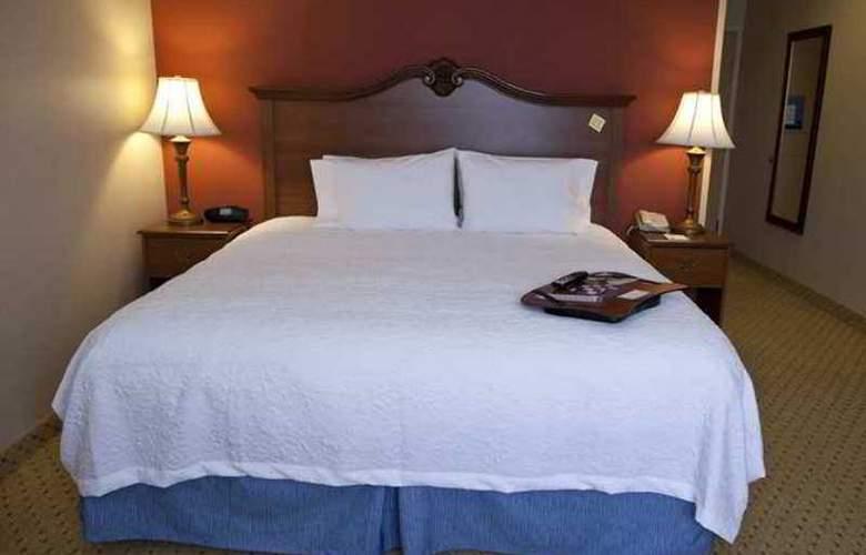 Hampton Inn & Suites Pittsburg - Hotel - 5