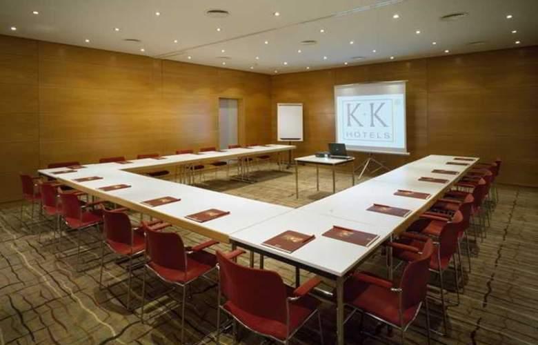 K+K Fenix - Conference - 4
